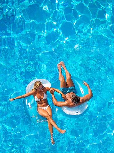 Swimming Pool Equipment Repair in Runaway Bay, TX